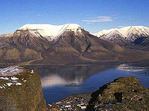 Longyearbyen cruises