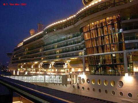 Jewel Of The Seas Cruises 2018 2019 2020 110 Day Twin