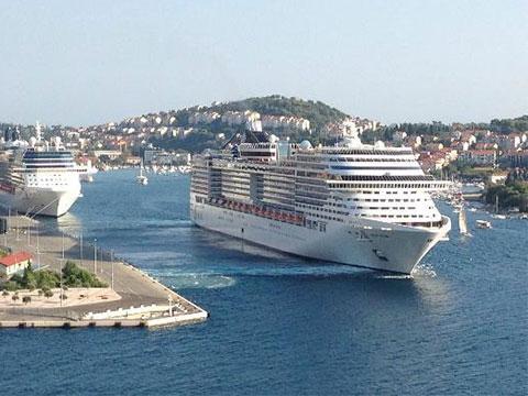 MSC Divina Cruises Day Twin - Msc divina cruise ship
